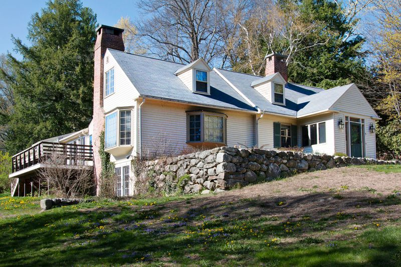 Fall 2021, TOH TV project, Concord Country Cape, before